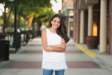 Color image of a tween girl in downtown Roanoke by Sunny Mays Photography